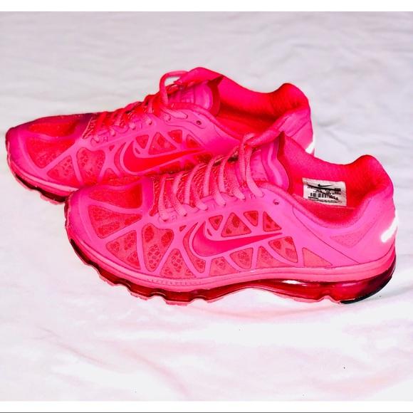 (NIKE): Hot Pink Air Max  <a href=